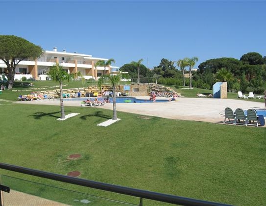 Great 2 Bed Townhouse On A Popular Resort