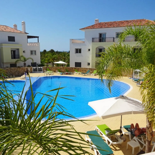 2 Bed Apartment in a Beautiful, Traditional Fishing Village