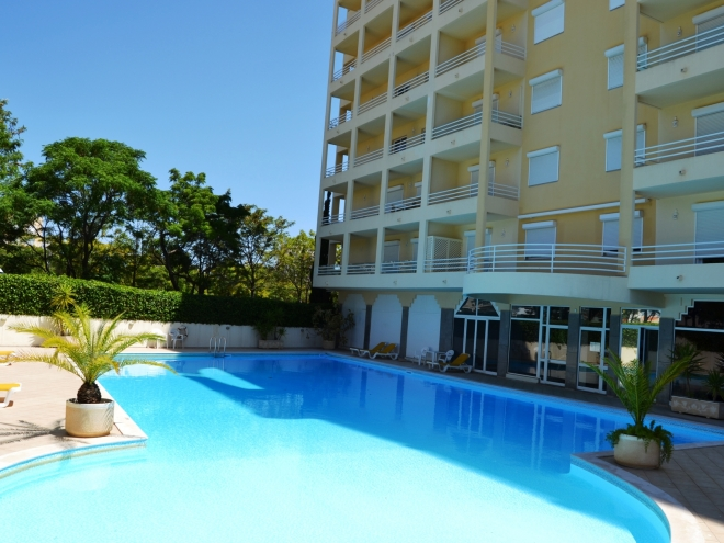 Perfectly Located 3 Bedroom Apartment