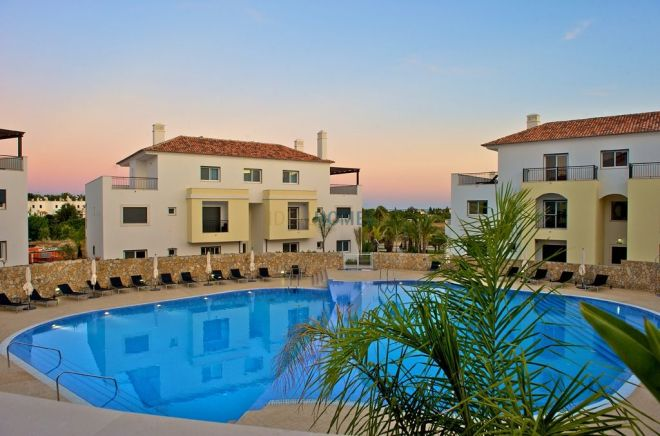 Beautiful Apartment and Townhouse Complex In The Eastern Algarve